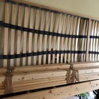 Demontarea unui pat suspendat de lemn